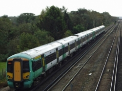 Unblock East Croydon bottlenecks and deliver eight new Brighton Mainline trains an hour, says new report by former ministers